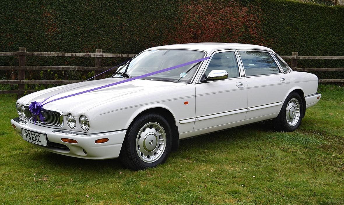 Daimler Wedding Car - Exclusive Cars Leicestershire